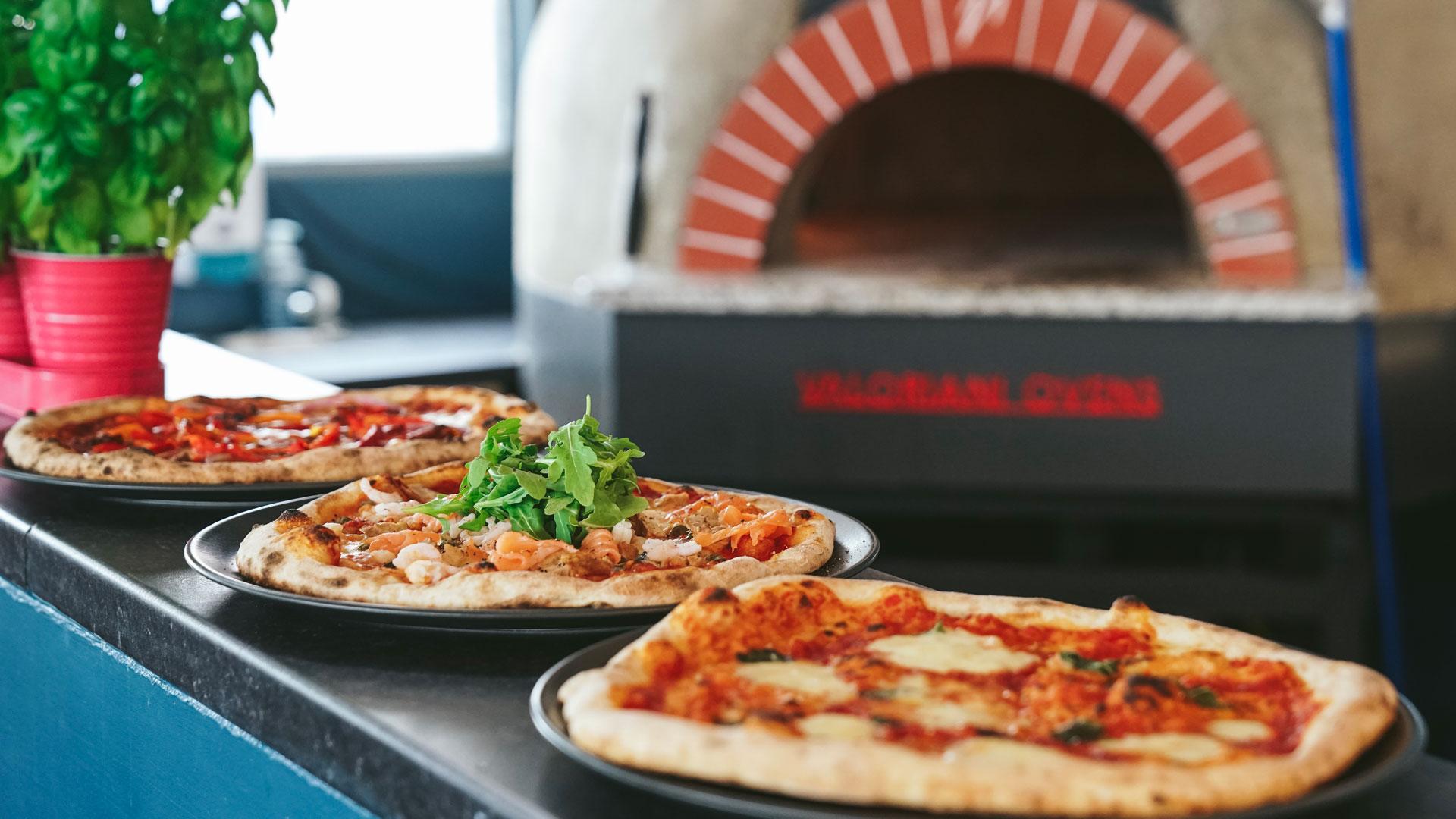 Authentic Italian Pizza | Shoreline at Paignton Beach